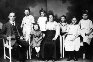 Thielmann Ernst Eduard und Hermine mit Kindern